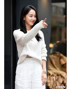 [190711] Shin Hyesun 《Angel's Last Mission: Love》Wrap-up Party #신혜선 #ShinHyesun #단하나의사랑 #KBS2 #DanOnlyLove #MyOnlyLove #YNK #KimMyungSoo… Korean Actresses, Korean Actors, Actors & Actresses, Sun Photo, Angel S, Sooyoung, Best Actress, Aesthetic Girl, Korean Fashion