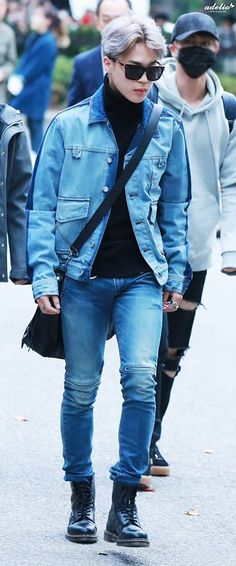 Jimin is looking so boyfriend in this picture I'm crying.