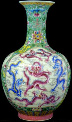 Beautiful Chinese porcelain vase with multicolor enameled scenes of dragons, phoenix, peach branches and water. Porcelain Ceramics, Ceramic Pottery, Pottery Art, Phoenix Dragon, Chinese Ornament, Imperial Dragon, Chinese Ceramics, Antique Items, Flower Vases