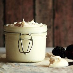 Homemade Mascarpone...adapted from a dozen sources, all using the same ingredients in the same amount...2 cups heavy cream, pasteurized (but not ultra-pasteurized), 1 tablespoon lemon juice, freshly squeezed...