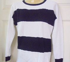 """FOREVER 21 Size """"S"""" Black and White Striped Sweater Pre-owned Excellent Conditio #FOREVER21 #PullOn #CasualorCareer"""