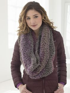 DOUBLE DECKER COWL — From: http://www.lion brand.com/patterns/L40098.html?utm_source= bronto&utm_medium=email&utm_term=Click+here+to+view+pattern+details.&utm_content=6+Fabulous+Fall+Scarves+to+Knit+and+Crochet+with+Bulky+Yarns%21&utm_campaign=Patterns20141014_Oct14