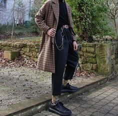 Swans Style is the top online fashion store for women. Aesthetic Fashion, Aesthetic Clothes, Look Fashion, Street Fashion, Fashion Outfits, Fashion Trends, Fashion Boots, Grunge Outfits, Korean Fashion Men