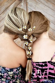 Two girls dual braid white flowers Best Friends For Life, Best Friend Goals, Best Friends Forever, Twin Braids, Girls Braids, Best Friend Pictures, Bff Pictures, Paul Mitchell Hair Products, Flower Braids