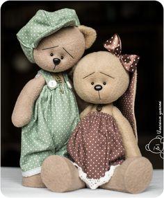 Handmade Stuffed Animals, Sewing Stuffed Animals, Stuffed Animal Patterns, Doll Sewing Patterns, Sewing Toys, Baby Toys, Kids Toys, Diy Rag Dolls, Baby Teddy Bear