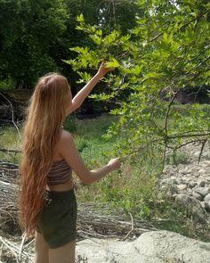 Granola Girl, Hippie Hair, Face Photo, Very Long Hair, Aesthetic Images, Dream Hair, Bad Hair, Pretty Hairstyles, Hair Looks