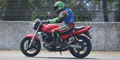 Kawasaki 250 cc Empat Silinder Basic Mesinnya Dari ZZR 250 Atau ZXR250