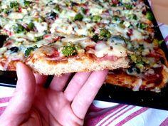 Pizza koláč na plech Vegetable Pizza, Vegetables, Food, Basket, Essen, Vegetable Recipes, Meals, Yemek, Veggies