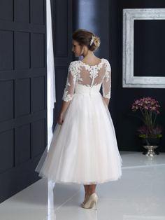 Older Bride Dresses, Wedding Dresses For Girls, Bridal Dresses, Flower Girl Dresses, Lace Dresses, Full Figure Wedding Dress, Tea Length Wedding Dress, Tea Length Dresses, Curvy Bride