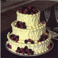 Tiramisu wedding cake - yum!