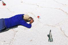 [玻利維亞] 借位照的幕後花絮(?) XD!! #Bolivia #uyuni #slatflat #烏尤尼 #鹽湖