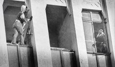 Muhammed Ali helps a suicidal man, Los Angeles, 1981