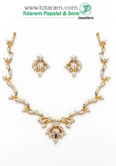 Buy 18K Gold Diamond Necklace & Earrings Set - DS449 with a list price of $3,191.99 - 22K Indian Gold Jewelry from Totaram Jewelers