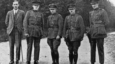 Ireland's first World War veterans: Shunned, ostracised, murdered Ireland 1916, Irish Free State, Irish Republican Army, William Wallace, Michael Collins, Historical Photos, First World, Old Photos