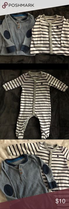 """Baby Gap Navy and White striped footsie onesie White and Navy striped footsie onesies and it is very smooth and very soft to the touch for you and for baby both in the inside and outside. The navy really made my sons blue eyes """"pop"""".  All clothes are washed in Dreft detergent and come from a pet free and smoke free 🏡 GAP One Pieces Bodysuits"""