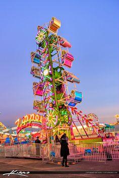 South-Florida-Fair-Popular-Fair-Ride by CaptainKimo on DeviantArt Retro Aesthetic, Summer Aesthetic, Summer Fun, Summer Time, South Florida Fair, Art Du Cirque, Carnival Lights, Fair Rides, Amusement Park Rides