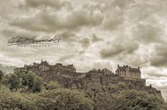 #edinburghcastle standing erect on #castlerock for over 1100 years.  #Photography #fineart #architecture #Edinburgh #Amazing #City #Historical #FromAntiquity #Ancient #Clouds #CloudPorn #Castlewall #CenturiesOld #theroyalmile #oldtownedinburgh #Fortification #Scotland #Explore #GreatAdventure #Travel #amazingtravelbeauty  #LovePhotography #Nikon #nikonnofilter #visitscotland #exploretocreate #wonderful_places #pixworld_