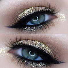 Gold Glitter Eye Makeup.
