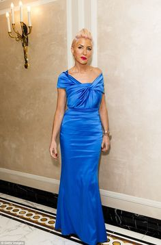 Heather Mills debuts Mermaid hair with pink rainbow quiff at the RNIB Gala | Daily Mail Online