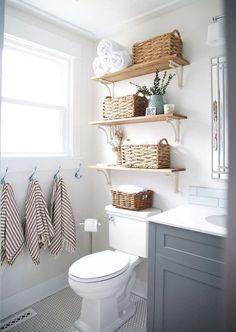 Nice 75 Tiny Apartment Bathroom Decoration Ideas https://quitdecor.com/994/75-tiny-apartment-bathroom-decoration-ideas/