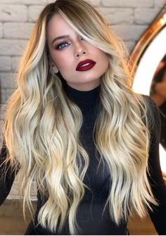 Just see here and find the amazing styles of long blonde hair styles and sport it if you really wanna wear some kind of unique hair colors right now. Our best shades of blonde for long hair are really amazing for every woman to wear in year Bob Hairstyles For Fine Hair, Haircuts For Long Hair, Hairstyles Haircuts, Toddler Hairstyles, Girl Haircuts, Natural Hairstyles, Balayage Blond, Bayalage, Baylage Blonde