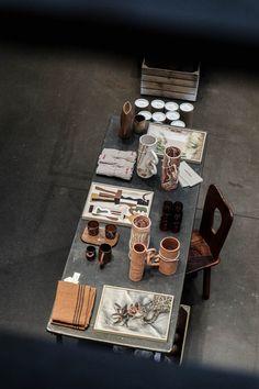 La Craft Gallery chez Merci | MilK decoration Table Settings, Milk, Homes, Decoration, Gallery, Grey, Crafts, Decor, Gray