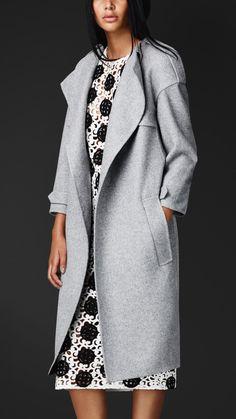 9360c45d1349 Платья – 191 фотография Тренчи, Burberry Prorsum, Шерстяные Пальто,  Свитера, Женская Мода