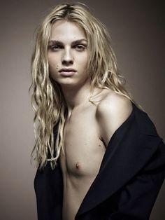 新作映画リトルマーメイドに両性具有の男性モデルを起用したソフィア・コッポラに注目♥   by.S