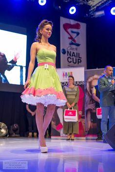 Formal Dresses, Makeup, How To Make, Fashion, Dresses For Formal, Make Up, Moda, La Mode, Face Makeup