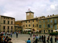Visit Orvieto, in the heart of Italy! Find places where to eat and sleep at our website: http://www.orvietonet.com  ——-  Visita Orvieto, nel cuore dell'Italia! Trova luoghi dove mangiare e dormire sul nostro sito: http://www.orvietonet.com  #orvieto #umbria #italia #italy #travellife #trip #travelitaly #traveleurope #traveler  #italytravel #sky #clouds #landscape #borghi #medievali #medieval