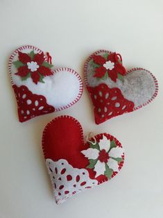 Items similar to Heart felt Christmas tree ball with Poinsettia on Etsy Felt Christmas Decorations, Christmas Ornaments To Make, Christmas Star, Christmas Balls, Felt Ornaments Patterns, Handmade Ornaments, Valentine Crafts, Holiday Crafts, Valentines