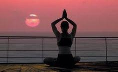 Bastano 12 minuti di yoga al giorno per combattere lo stress
