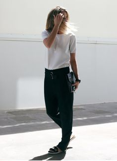 minimal black & white #style #fashion