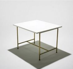 Paul McCobb occasional table, model 8722 Calvin USA,