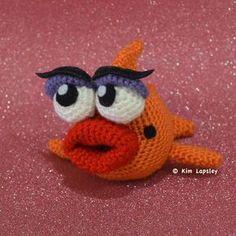 Гламурная рыбка Мэрилин крючком. Мастер-класс по вязанию игрушки.