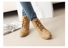 Vintage Casual Women's Short Boots With Solid Color Chunky Heel and Engraving Design (BLACK,38) China Wholesale - Sammydress.com