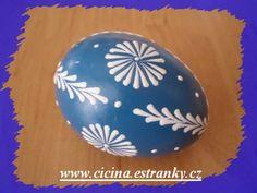 Polish Easter, Shell Painting, Eggshell Paint, Egg Decorating, Egg Shells, Different Styles, Easter Eggs, Christmas Bulbs, Dots
