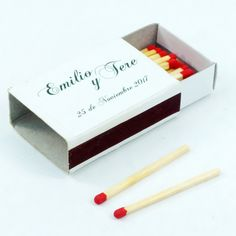 "Cajas de cerillas para bodas modelo ""Standard"". Boda de Emilio y Tere. Emilio, Place Cards, Container, Place Card Holders, Model, Match Boxes, Weddings"