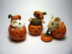 Mice in pumpkins