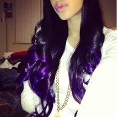 Dark purple hair! Love<3