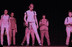 Ghostbusters. chorégraphie claquettes par les adolescents. Prof. Anne Gambini.