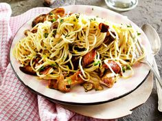 Spaghetti aglio e olio mit Steinpilzen Rezept | LECKER