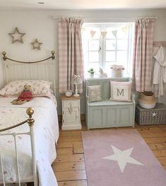 Home Decor Bedroom, Bedroom Inspirations, Pretty Bedroom, Cottage Bedroom, Room, Kid Room Decor, Girl Room, Childrens Bedrooms, Baby Girl Bedroom