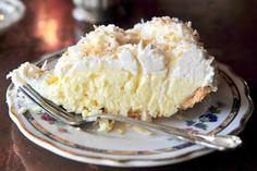 old-fashioned-coconut-cream-pie_11361