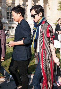 Duster coat in vertical stripes of red/black ...  (photo from lelook)