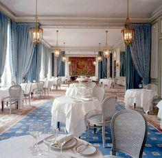 juan pablo molyneux interior design | Photo: The Crayères in Reims (interior designer: Pierre-Yves Rochon)