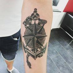 #oldschooltattoo von Günni #Tattoowerkstatt #Tattoo #kompassrose #nautischerstern #anker #ankertattoo #Sterntattoo #startattoo #star #nauticalstar #seemanntätowierungen #seemanntattoo #sailortattoo