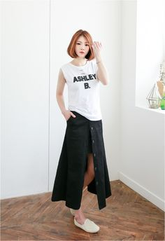 Long skirt- Open or closed?