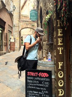 Street Food@Volterra_Tuscany_Sep 2014 Street Food, Tuscany, Scenery, Places, Photos, Travel, Viajes, Landscape, Japanese Street Food