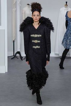 Amanda Sanchez for Chanel Fall 2016 Couture Fashion Show